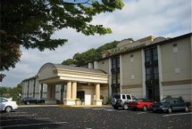 Photograph of Holiday Inn Express ( South ), Southington